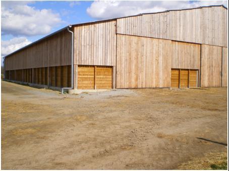 entreprise fabrice pouget construction batiments agricoles batiment agricole ovin en bois de. Black Bedroom Furniture Sets. Home Design Ideas